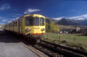 petit train jaune font-romeu